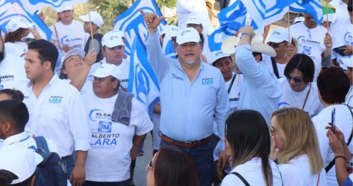 Ciudadanos de Praderas de Élite y Las Palmas caminan con Alberto Lara y Alejandro Mayne