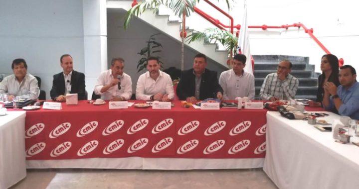 Fortalece IMSS Tamaulipas relación con empresarios de la construcción