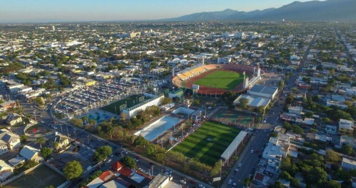 Se localiza a responsable de daños tras accidente vehicular en la Unidad Deportiva Adolfo Ruiz Cortines