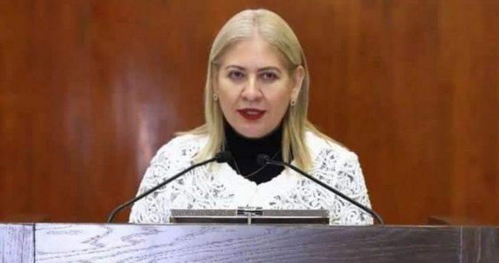 Presenta Juanita Sánchez iniciativa para actualizar las contralorías municipales