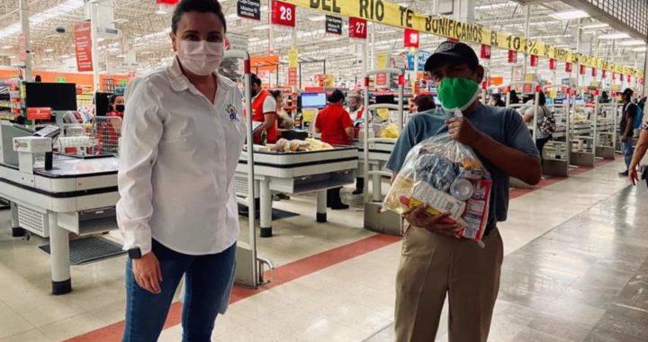 Atiende DIF Reynosa a los abuelitos empacadores